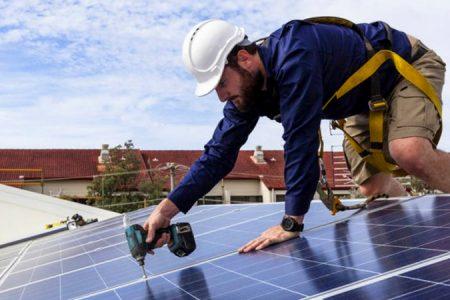requisitos placas solares